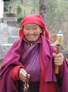 Sie ist 96 Jahre alt und leider nicht mehr gut zu Fuß