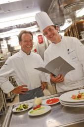 ms europa goumretreisen wilke mueller Kulinarisches Highlights mit der EUROPA und der COLUMBUS 2