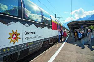 Gopex Fotoshooting, Gotthard Panorama Express, aufgenommen am 3. Oktober 2016 in Fl¸elen. (SBB/Gian Vaitl)